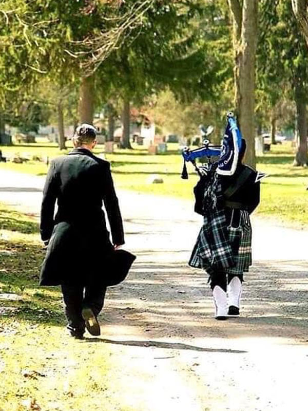 bagpipe player for hire near me